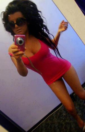 Donette from  is looking for adult webcam chat