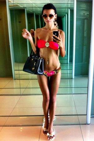 Alexia from  is looking for adult webcam chat
