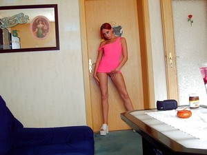 Colette from Mississippi is interested in nsa sex with a nice, young man