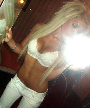Looking for local cheaters? Take Shannan from New York home with you